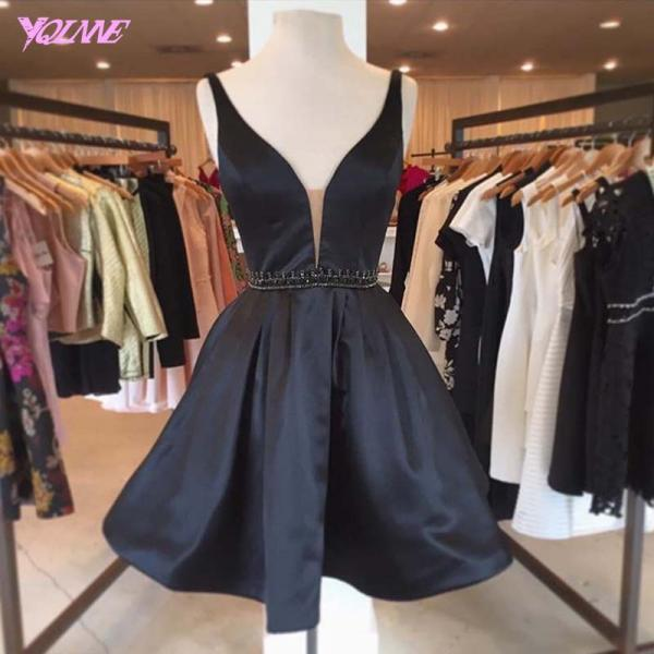 Black Short Prom Dress Ball Gown Evening Gown Deep V Neck Party Dress